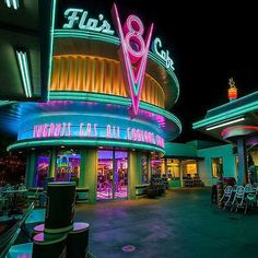 Find the best Retro Wallpaper on GetWallpapers. We have background pictures for you! Diner Sign, Neon Noir, Retro Diner, Retro Cafe, Neon Aesthetic, Disney California Adventure, Hd Backgrounds, Background Pictures, Background For Photography