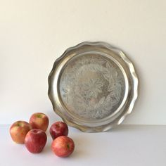Vintage Round Hammered Aluminum Serving Tray by #AlegriaCollection #atsocialmedia