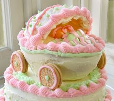 Nessy Designs: Baby Shower Carriage Cake for Twin Girls Bridal Shower Cakes, Baby Shower Cakes, Baby Cakes, Baby Carriage Cake, Twins Cake, Funny Cake, Twin Girls, Pretty Cakes, Cake Designs