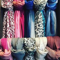 Thanks to @alysgracebayarea  Baby it's cold outside! Stay warm with something beautiful @richiami scarves just in #alysgracesanfrancisco #cashmere #handdyed #prints #winter #neckcandy #richiamiscarves #scarves #madeinitaly #handpainted #accessories #sanfranciscoshopping #igerssanfrancisco #shoppingtime #instastyle #instafashion #instacool #fashiondaily #fashionshop #fashiongram #sanfranciscofashion