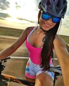 As a beginner mountain cyclist, it is quite natural for you to get a bit overloaded with all the mtb devices that you see in a bike shop or shop. There are numerous types of mountain bike accessori… Road Bike Women, Bicycle Women, Bicycle Girl, Bicycle Race, Cycle Chic, Cycling Girls, Cool Bike Accessories, Hot Bikes, Biker Girl