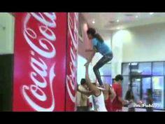 #gamify #engage Coca-Cola Maquina de la amistad 2x1 גיימיפיקיישן של מותגים עסקים