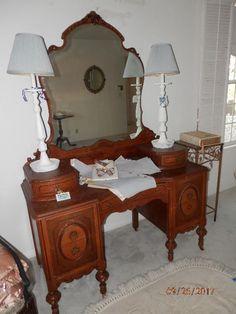 Superieur NET: 1920u0027s Vanity With Mirror