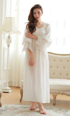renaissance nightgown   ID du produit : 32374397686 Vintage chemise de coton des vêtements de ...