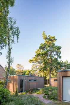 Siberian larch covers this house and its adjoining wrap-around terrace in southern Sweden by architect Johan Sundberg Residential Architecture, Interior Architecture, Larch Cladding, Modern Wooden House, Wooden Buildings, Wooden Houses, Shed Construction, Villa, Swedish House