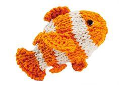 Stitchfinder : Knit Sea Creature: Clownfish    about Knitting and Crochet : Lion Brand Yarn