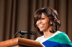 Fake News>Michelle Obama Filing For Divorce Over Barack Obama's Pregnant Mistress Is Fake News