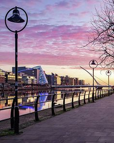 Morning in the Dublin Docklands [OC][OS] - Architecture and Urban Living - Modern and Historical Buildings - City Planning - Travel Photography Destinations - Amazing Beautiful Places Popular Photography, Nature Photography, Travel Photography, New Pictures, Great Photos, Photo Background Editor, Dublin Ireland, Light Painting, Photo Backgrounds