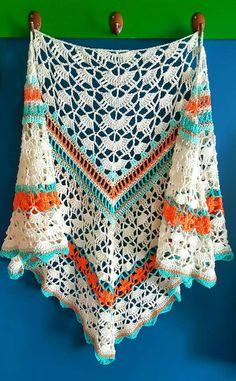 Classy Corail Rose Shawl www. Crochet Shawls And Wraps, Knitted Shawls, Crochet Scarves, Crochet Yarn, Crochet Clothes, Crochet Woman, Love Crochet, Shawl Patterns, Crochet Patterns