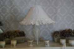 Très belle lampe shabby chic blanche avec monogramme brodée : Luminaires par d-ombres-et-de-lumiere