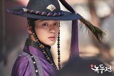 The tale of nokdu__jang dong yonn__kdrama subindo Jung Joon Ho, Tae Oh, Handsome Korean Actors, Kim Dong, Kdrama Actors, Cute Actors, Korean Celebrities, Asian Actors, Celebrity Weddings