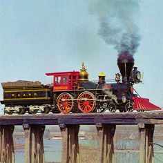 """The American Civil War Locomotive """"General"""". She is a built in 1855 for the Western and Atlantic Railroad. Train Pictures, Pictures To Draw, Cool Pictures, Diesel Locomotive, Steam Locomotive, Train Times, Train Art, Old Trains, Steam Engine"""