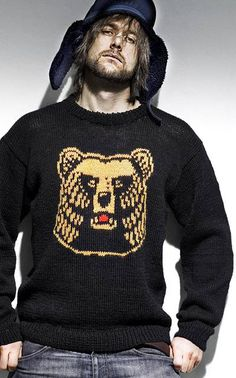 Like what I had in mind for Justin's wolf sweater. Stitch Patterns, Christmas Sweaters, Knitwear, Knit Crochet, Graphic Sweatshirt, Knitting, Sweatshirts, Clothes, Finland