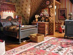 Dollhouse attic room