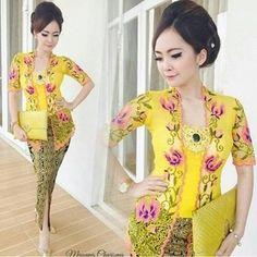 Kebaya Bali kuning Modern Rok Batik/Pakaian tradisional