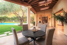 Muirlands | andesign, inc.  #interiordesign #luxury #decor #homedecor #homeinspo #lajolla #realestate #staging #lifestyle #outdoordining #outdoorseating #patiofurniture #transitional