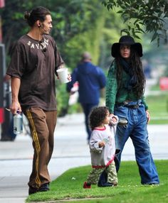 Actress Lisa Bonet, along with her boyfriend Jason Momoa and their daughter Lola, 2 1/2, were spotted out on a picnic over