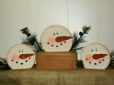 Frosty Face Shelf Sitters
