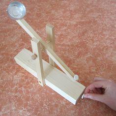 Mini-Katapult basteln