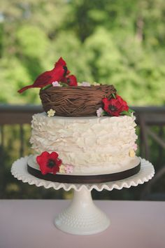 Cardinal Wedding Cake / Bit of Ivory Photography