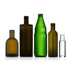 Bei ETIVERA finden Sie ein großes Sortiment! Passende Verschlüsse, mit oder ohne Ausgießer,  gibt es zu jeder Glasflasche. Bottle, Home Decor, Labels For Bottles, Glass Bottles, Decoration Home, Room Decor, Flask, Home Interior Design, Jars