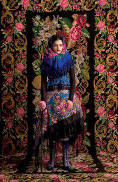 Susanne Bisovsky richesse des couleurs folklore