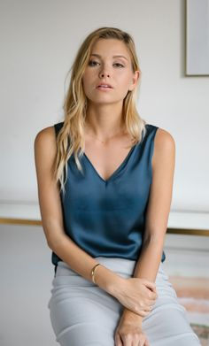 Meet the perfect navy silk cami that effortlessly transitions you from boss lady by day to cocktail goddess by night. Amalfi, Top Luxury Brands, Satin Blouses, Blouse Outfit, Boss Lady, Marie, Fashion Outfits, Gothic Fashion, Ladies Fashion
