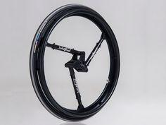 車椅子の乗り心地を変えた「ショックを吸収するホイール」 « WIRED.jp
