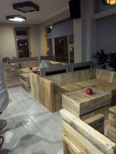 Pallet Wood Furniture for Bar