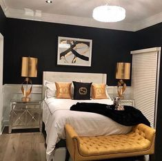 Gold Bedroom Ideas: Glamorous Ideas You'll Adore - Sharing The Most Good Designs Bedroom Themes, Home Decor Bedroom, Modern Bedroom, Living Room Decor, Bedroom Ideas, Bedroom Furniture, Master Bedroom, Bedroom Designs, Black Bedroom Decor