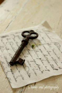 Message with the old key. Under Lock And Key, Key Lock, Antique Keys, Vintage Keys, Door Knockers, Door Knobs, Door Handles, Old Keys, Key To My Heart
