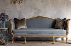 Vintag French Louis XV Style Gilt Daybed Sofa