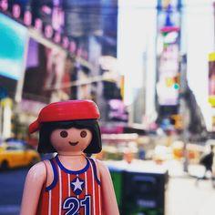 Times Square is amazing !   #nyc #ny #toys #timessquare #playmobil #playmobilusa #usa #jouets #pic by monsieurplaymo