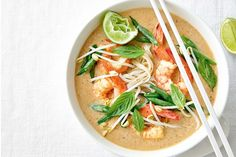 Full of fresh flavours, this easy Malaysian #soup is ready in a jiffy.