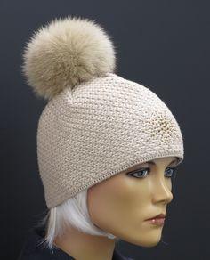 Dámská pletená čepice s kožešinovou bambulí - R Jet For You #MadeInCzechRepublic Winter Hats, Fashion, Moda, Fashion Styles, Fashion Illustrations