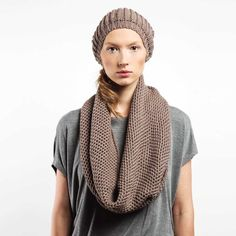 Knitted Hat Snood Shawl Kit MAUVE von CADO accessories auf DaWanda.com