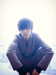 ―「デスノート」のLや「まれ」の圭太、そして今回の『ヒロイン失格』の利太、最近の作品だけでも、全然、役柄も表情も違いますが、自分に最も近いキャラクターは誰ですか? 何が自分なのか、もう、わからないで... Dont Break My Heart, L Dk, Kento Yamazaki, Prince, Live Action Movie, Japanese Boy, You Lied, S Stories, Photo Reference