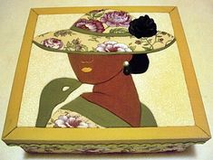 Caixa em MDF decorada com a técnica de patchwork embutido e totalmente revestida de tecido 100% algodão. Fazemos também em outras cores e tamanhos sob encomenda. R$ 45,00