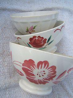 SET 3 ANTIQUE OLD PETIT DEJEUNER CAFE AU LAIT BOWL PINK ROSE FLOWERS FOLIAGE