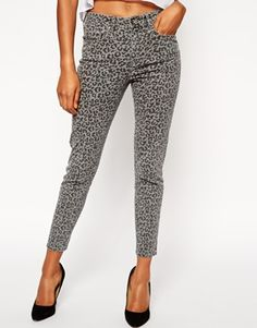 ASOS Ridley Ankle Grazer Jeans in Grey Leopard Print