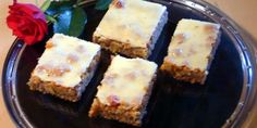 Hilla-valkosuklaapiirakka Finnish Recipes, Cheesecake, Desserts, Food, Tailgate Desserts, Deserts, Cheese Cakes, Eten, Postres