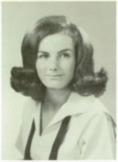 "Ted Bundy's girlfriend Diane Edwards (known as Stephanie Brooks). She broke off the relationship in 1968 and again in ""Beauty and grace rules the world. Ted Bundy, Criminology, Criminal Minds, Serial Killers, True Crime, Mug Shots, Pretty Face, Girlfriends, Told You So"