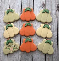 pumpkin Cookies Pumpkin Cookies, Sugar Cookies, Thanksgiving Cookies, Little Pumpkin, Cookie Decorating, Baked Goods, Goodies, Homemade, Baking