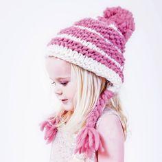 PDF Knitting Pattern: Ivy Braid Trapper Hat | Stitch & Story - Stitch & Story UK Knitting Kits, Knitting Patterns, Knitted Hats, Crochet Hats, Bamboo Knitting Needles, Trapper Hats, Moss Stitch, Chunky Wool, Swirl Pattern