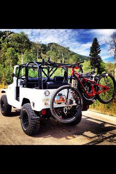 Fj40 Toyota Land Cruiser & Specialized Mountain Bike. DREAM method of transportation
