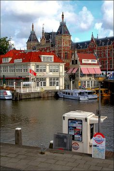Rail and Water Stops, Amsterdam, Netherlands