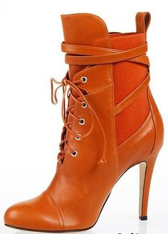 56 Fall Ankle Boots For Your Wardrobe This Winter shoes womenshoes footwear shoestrends Source by tiobitocen de mujer botines Ankle Boots, Bootie Boots, Shoe Boots, Camel Boots, Men's Boots, Botines Peep Toe, Winter Shoes, Fall Shoes, Beautiful Shoes