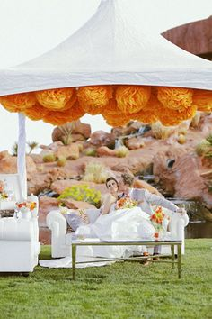 Loving this creative tent decor! {Gideon Photography}