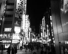 SHINJUKU CITY Kabuki-town   photo by aya