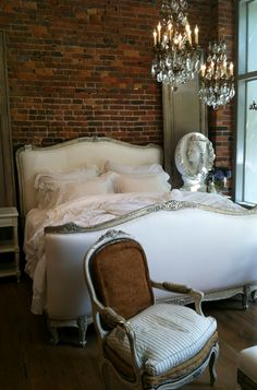 Cottage Lady Home Bedroom, Bedroom Decor, Bedroom Ideas, Glam Bedroom, Bedroom Vintage, Bedroom Inspiration, Shabby Home, French Country Bedrooms, My New Room